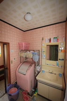 冬寒いお風呂を快適な空間へ変更!シロアリ対策もバッチリ。