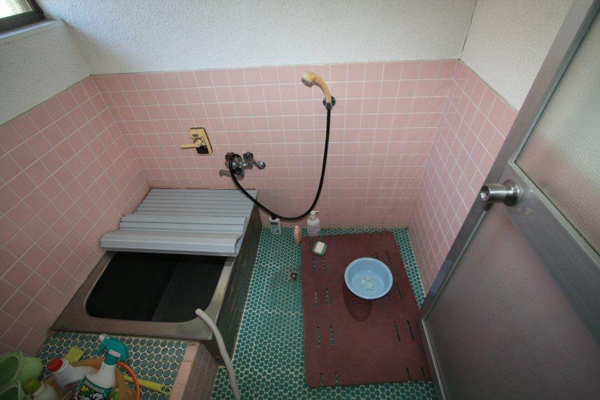お風呂場のリフォームを行いました。